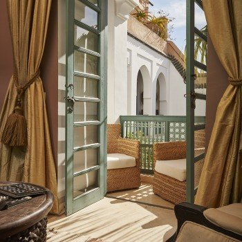 Awake slowly at your romantic getaway in Marrakech.